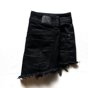AEO Black Distressed Festival Hi-Rise Shorts -EUC